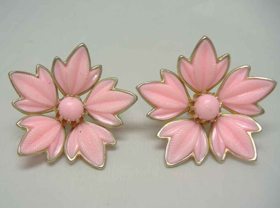 1940s Pink Lucite Earrings