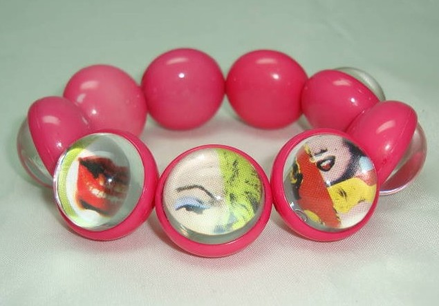 1970s Lucite Pop Design Bracelet